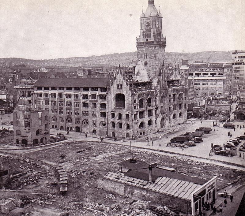 """Marktplatz 1948 - Buch """"Stuttgart 1945 bis heute"""""""