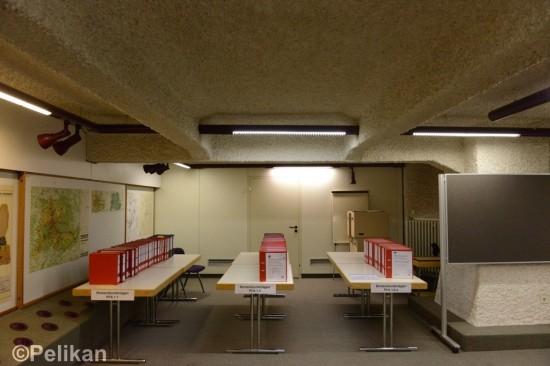 Im 2. Untergeschoss aufgereiht, die Unterlagen der Planänderungen – Bürgerbeteiligung als Zumutung.